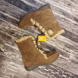 NEW Sporto Maggie winter boots, size 7